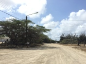 Alguma rua da ilha, é assim que ela é quando não está olhando para o mar